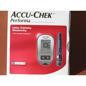 Glukometr Accu-Chek Performa  + nakłuwacz + testy