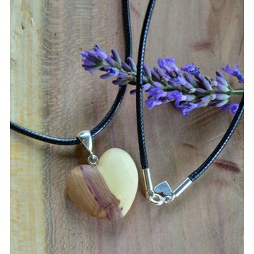 Naszyjnik wisior serce serduszko drewno + srebro