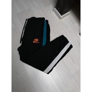 Spodnie szelesty Nike Size XXL M l xl