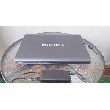 Laptop toshiba L350d  17 cali