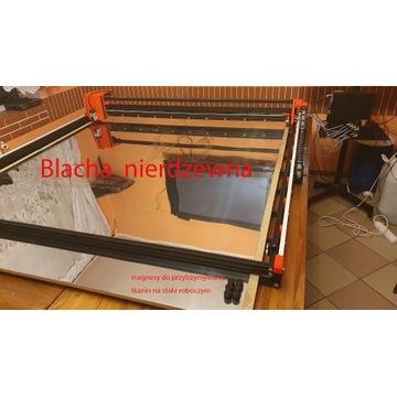 Ploter laserowy do cięcia tkanin, sklejki, grawero