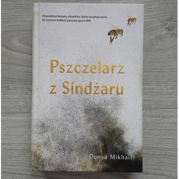 """Pszczelarz z Sindżaru"", Dunya Mikhail"