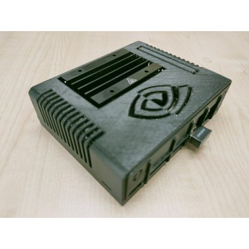 NVIDIA Jetson Nano Developer Kit 2GB + obudowa