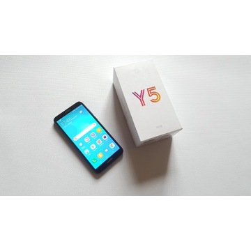 Smartfon HUAWEI Y5 2018 niebieski dla seniora
