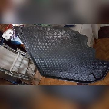 Mata do bagażnika mercedes W211 sedan