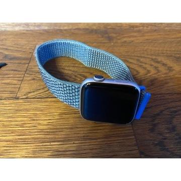 Apple Watch Series 4  44 mm Silver