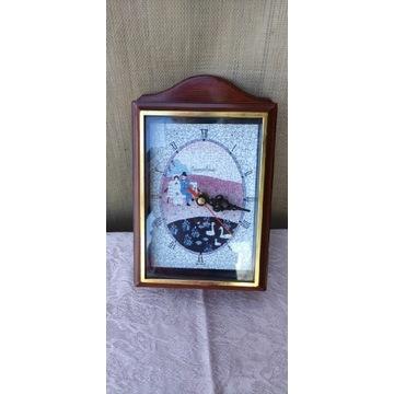 Drewniana szafka na klucze z zegarem
