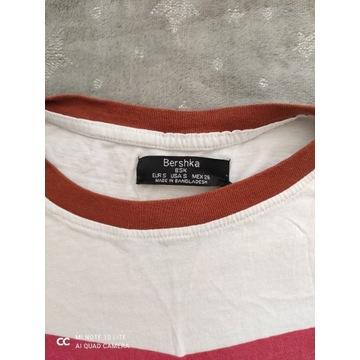Koszulka firmy Bershka  R. S