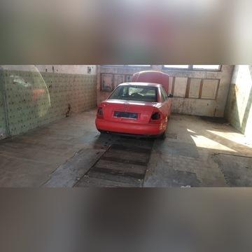 Sprzedam część Audi A4