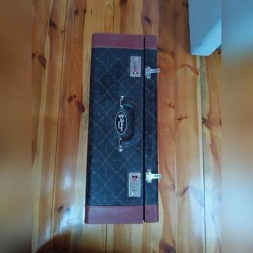 Kufer elegancki