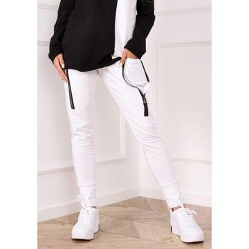 Dresowe spodnie białe Future rozmiar S