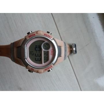 Młodzieżowy zegarek Q&Q jak Casio