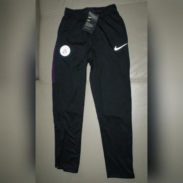 spodnie treningowe NIKE DRY 137-147 cm M czarne