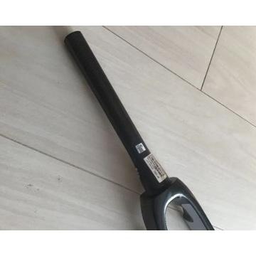 karbonowy widelec Trek Madone SL6 pod szczęki