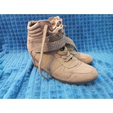 Buty damskie na kotorunie