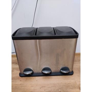 pojemnik - kosz do segregacji śmieci