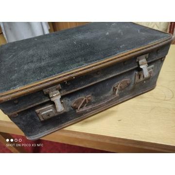 Stara walizka nr 5