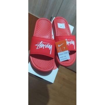 Nike Benassi Stussy Habanero Red