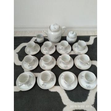 Serwis kawowy, porcelana Wawel - na 12 os.
