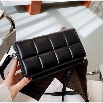 Elegancka torebka pikowana