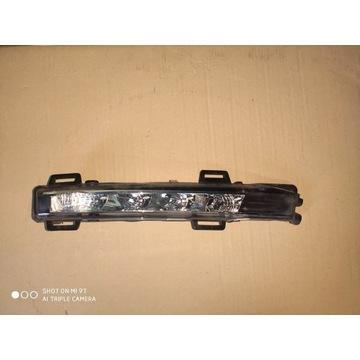 Ford S-Max lift lewa lampa LED DRL