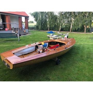 Jacht regatowy - żaglówka Korsarz - klasyk