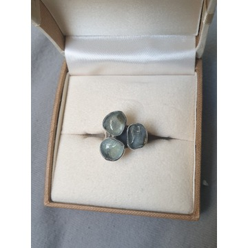 Pierścionek z LABRADORYTEM srebro 925 rozmiar 18