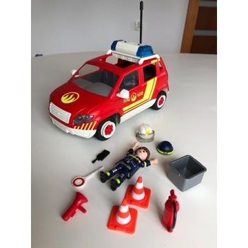 Samochód zabawkowy czerwony, wiele elementów NOWY