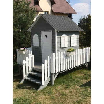 Domek drewniany  dla dzieci \młodzieży