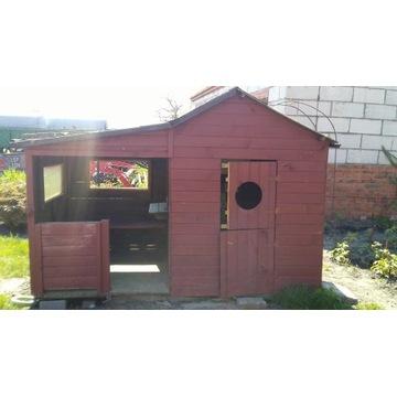 Duzy domek dla dzieci
