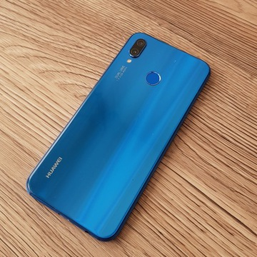 Huawei P20 Lite niebieski