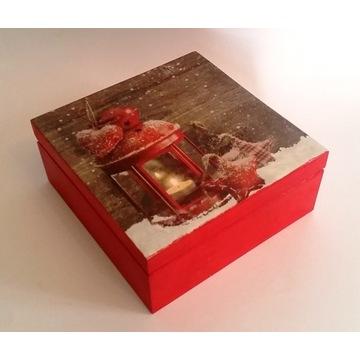 Drewniane pudełko z motywem