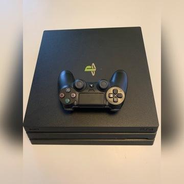 PlayStation 4 Pro 1Tb + 1 pad