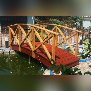 Mostek pomost drewniany