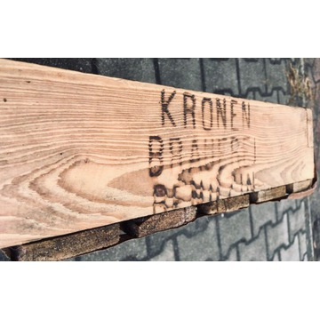 Stara drewnian skrzynka na butelki z Browau Będzin