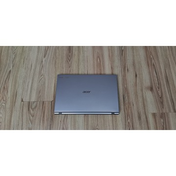 Acer Aspire V3 Intel 4x2.3GHz 12GB RAM 250GB SSD