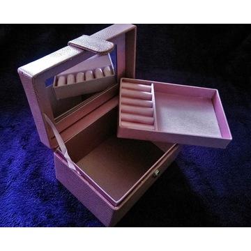 Kuferek/szkatułka/kosmetyczka/organizer ekoskóra