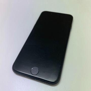 iPhone SE (2020) 3/64 GB w bardzo dobrym stanie