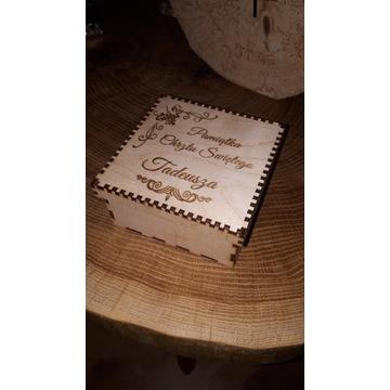Pudełko 12x12 pamiątka chrztu świętego