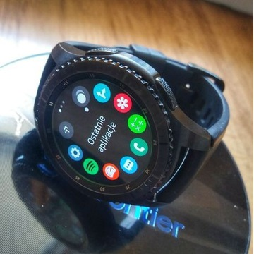 Samsung Gear S3 Frontier + Netflix