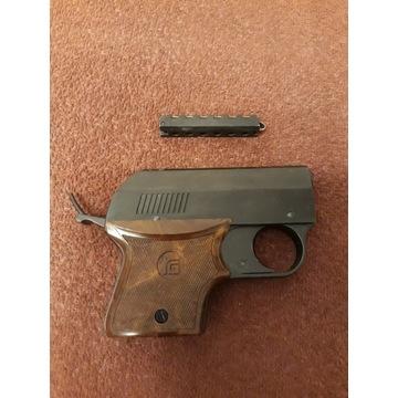 Pistolet Rohm rg3 ( hukowy  , straszak, startowy )