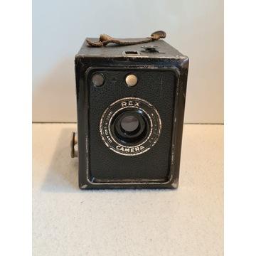 Stary aparat REX CAMERA z futerałem