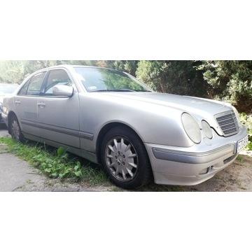 Mercedes Klasa E W210 Sedan 3.2 CDI 197KM 1999