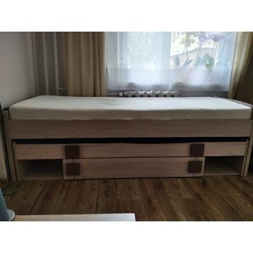 Łóżko rozkładane razem z materacami
