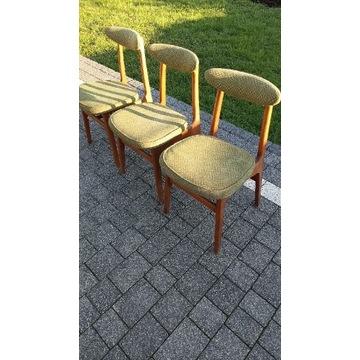 Krzesła Rajmund Hałas 1382 B