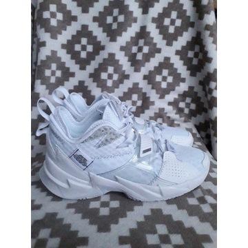 "Nowe buty Jordan Why Not Zer0.3 ""White""  roz 40.5"