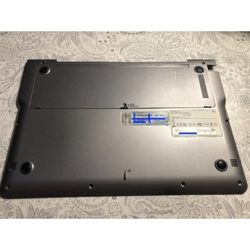 Dolna pokrywa obudowa touchpad Samsung NP530U3B