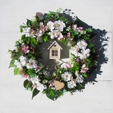 Wielkanocny,wiosenny wianek z domkiem IV