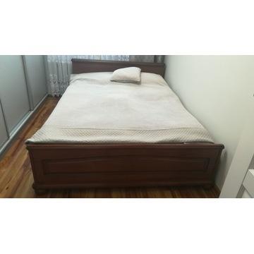 Łóżko sypialniane.