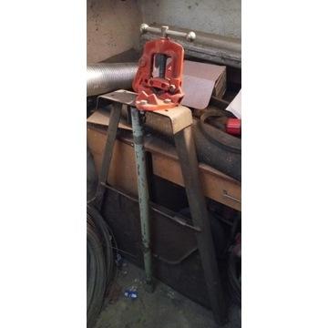 Imadło Hydrauliczne ze stojakiem do Rur